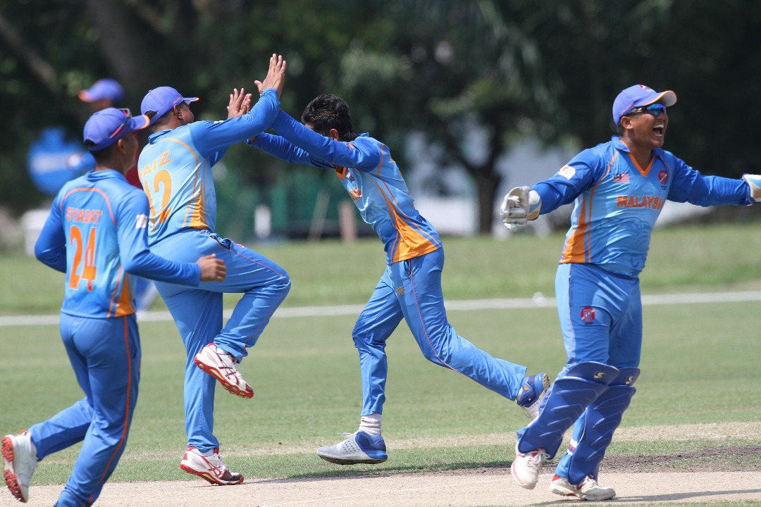 Div 4 WCL Day One Review - Cunning Malaysia Clinch Controversial Win Against The Cricket Cranes